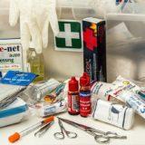 まずはこれだけ!薬箱に用意しておきたい常備薬と医療具